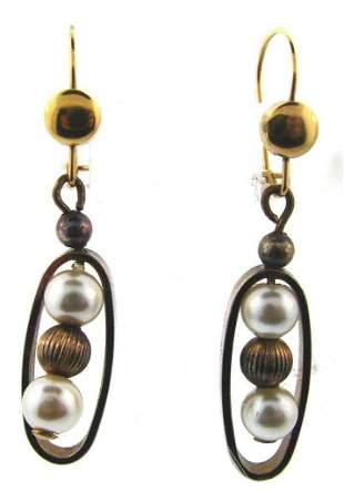 CHIC Silver & Pearl Earrings