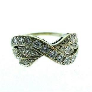 18k White Gold Diamond Leaves Ring