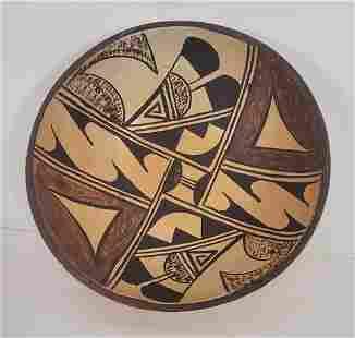 Fine Hopi Pueblo pottery shallow bowl ca 1940-60