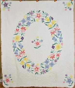 30's Floral Wreath Applique Quilt
