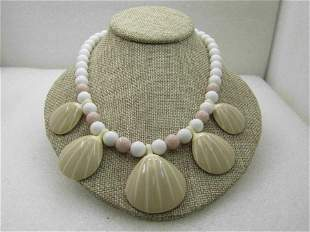 """Vintage Seashell White Beaded Necklace, 18"""", Faux"""