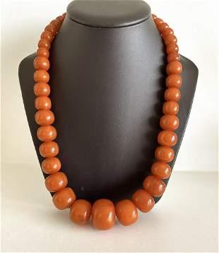 Splendid Bakelite Necklace made from Barrel shaped