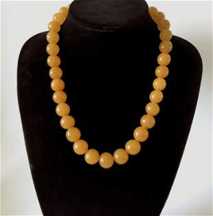 Magnificent Vintage Amber Necklace made from Round