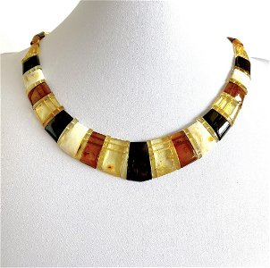Fascinating Amber Cleopatra necklace