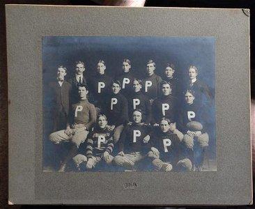 Rare Pendleton Oregon 1900's Football Team Photograph