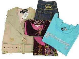 Lot of 5 pieces of women's clothing brands such as