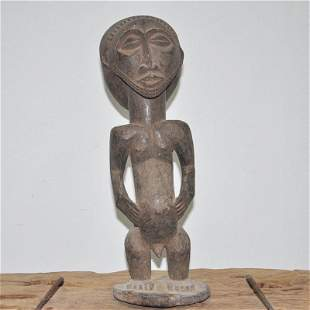 African imports of pure manual woodcarving as