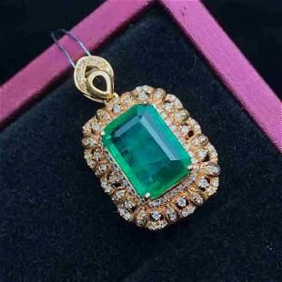 18K Yellow Gold 3.3ct Emerald & Diamond Pendant