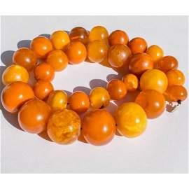 108 g. Vintage 100% natural Baltic amber necklace