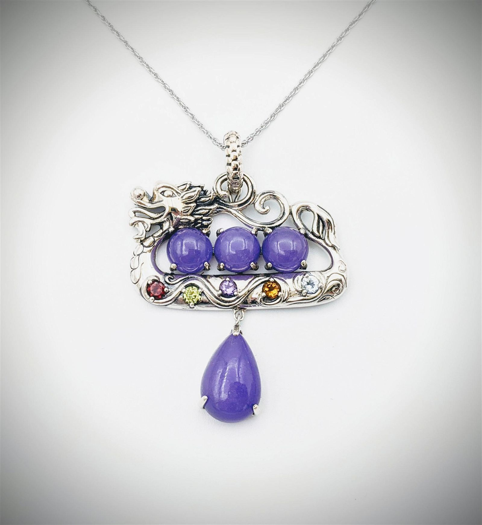 Sterling Silver Necklace w Dragon Pendant w Violet