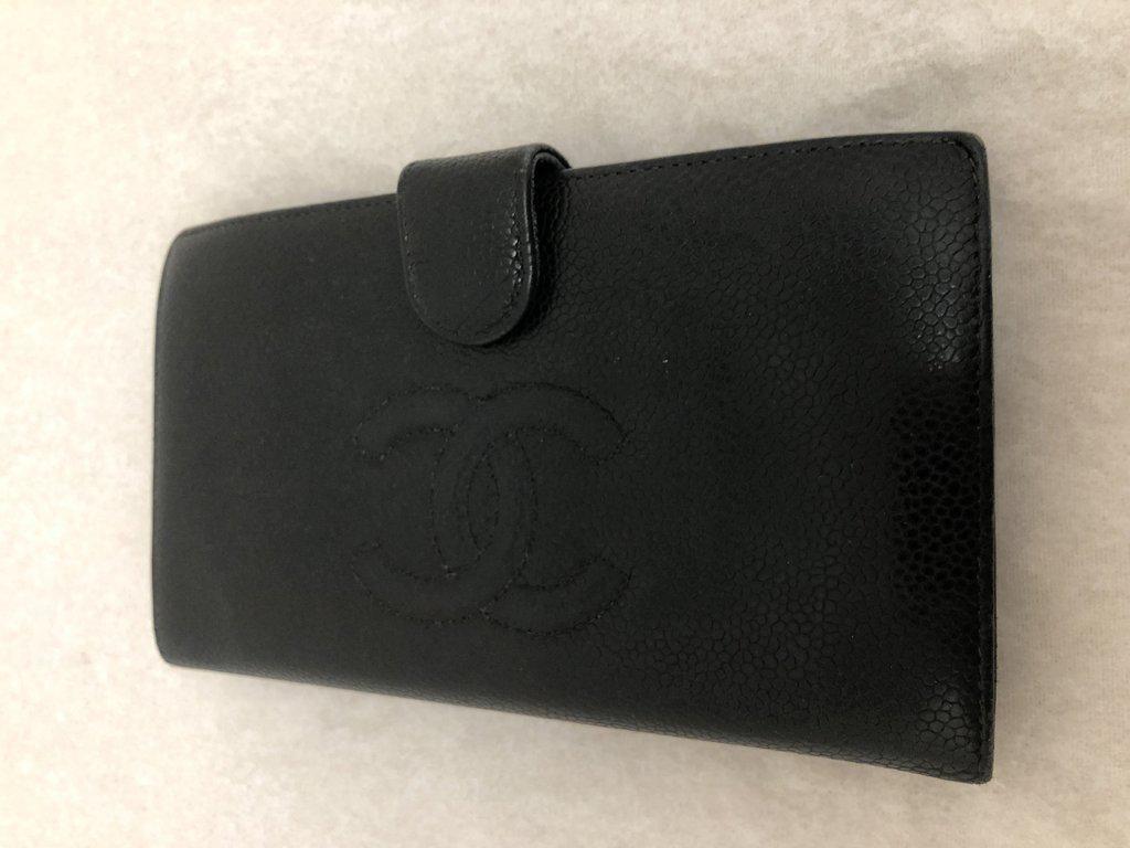 Chanel 2005 Black Caviar Leather Billfold Long Wallet
