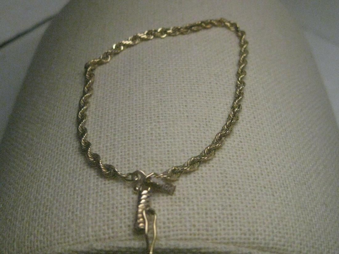 "Vintage 10kt Yellow Gold, Twisted Rope Bracelet, 7.5"""