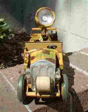 1935 Hausser Searchlight truck, catalog no. 742 ,