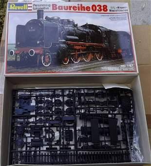 Revell BR38 kit , c10 in c9 box.