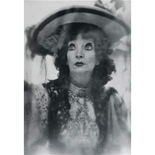 RICHARD AVEDON - Estelle Winwood, Madwoman of Chaillot.