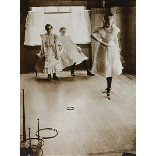 CLARENCE H. WHITE - The Ring Toss, 1899