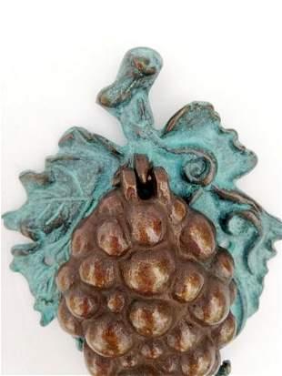 Bronze door knocker / doorbell - Bunch of grapes