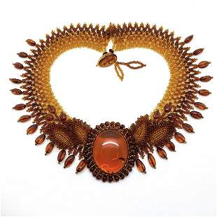 Fascinating Amber Floral Necklace made from leaf like