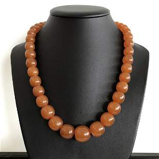 Beautiful Vintage Amber Necklace made from Oval shaped