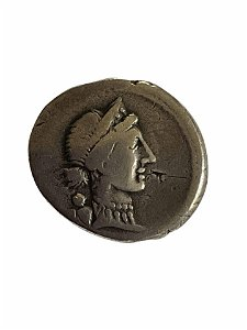 Roman Republic. Julius Caesar. 46-45 B.C.E. Silver