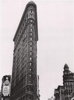 BERENICE ABBOTT - The Flatiron Building, NYC