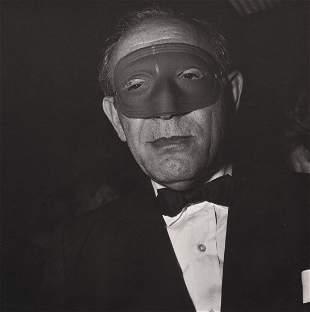 DIANE ARBUS - Masked Man at a Ball, NYC, 1967