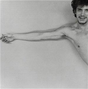 ROBERT MAPPLETHORPE - Self Portrait, 1975