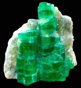 119 Carats World Rare Damage Free Lush Green Emerald