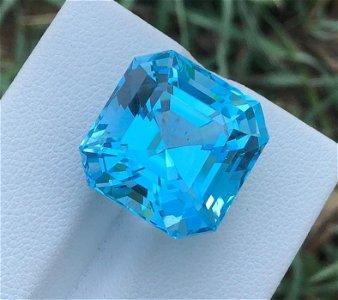 28 Carats Beautiful Blue Swiss Topaz Assher Cut ~