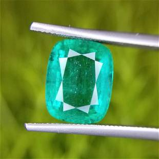 3.69 Ct Weight Cushion Shaped Green Color Non Certified