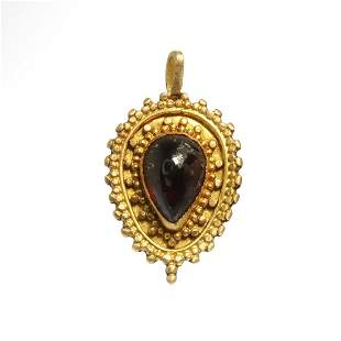 Roman Gold and Garnet Pendant, c. 2nd Century A.D.