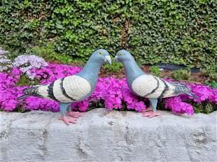 Set of 2 cast iron pigeons Garden ornaments dkt