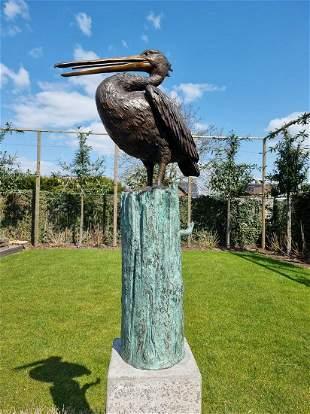 Life-size Pelican Bronze fountain model 3