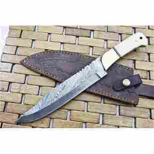 Exclusive pattern work hunting damascus steel knife