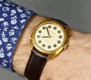 Wostok Vintage Men Wrist Watch Russian Antique Watches