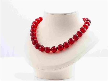 Red Amber Necklace/Collier