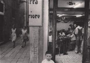 WILLY RONIS - A Popular corner of Venice, 1959
