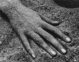 RUTH BERNHARD - Hand, Jones Beach, New York, 1946