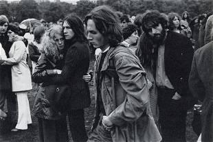 EDOUARD BOUBAT - Young People, Hyde Park, 1970