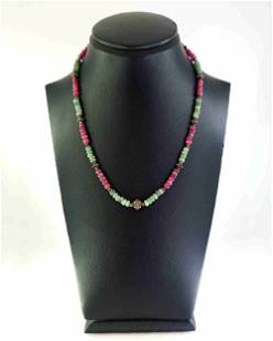 Necklace made of ruby, agate and silver