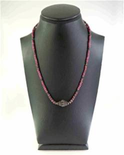 Necklace made of ruby and silver