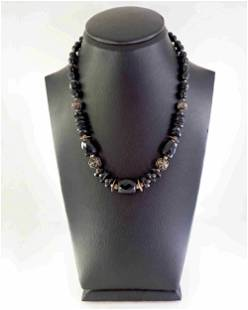 Necklace made of onyx and silver