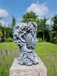 Mysterious flower pot - Flower pot face - Imaginative