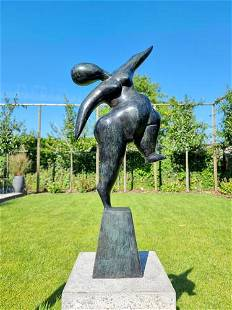 Contemporary bronze sculpture - Dancing lady - Abstract