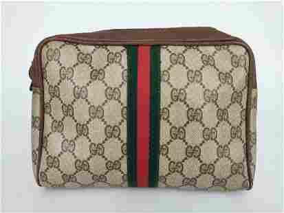 """GUCCI"" Vintage ""Sherry"" clutch bag in beige monogram"