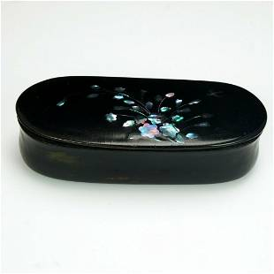 English Chinoiserie Snuff Box 18th - 19th Century