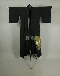 BLACK SILK EMBROIDED KIMONO