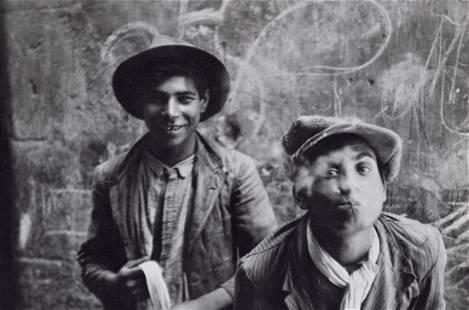 HENRI CARTIER-BRESSON - Gypsies, Spain, 1933