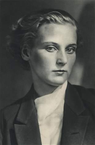 ANDRE KERTESZ - Mrs. Hubble