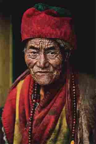 STEVE MCCURRY - Monk at Jokhang Temple, Lhasa, Tibet
